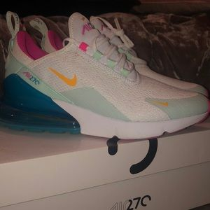 Women air Max 270 size 8